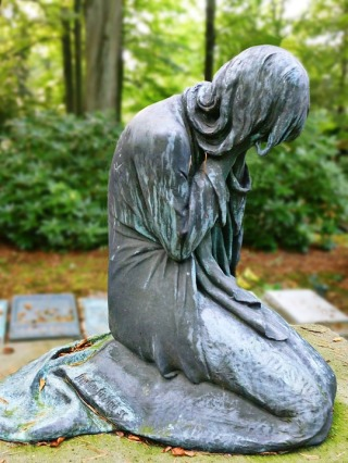weeping woman sculpture
