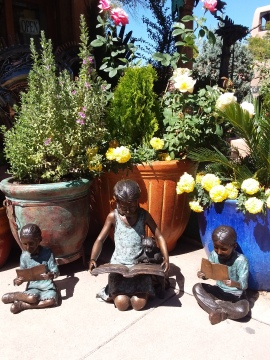Sculpture - Santa Fe children